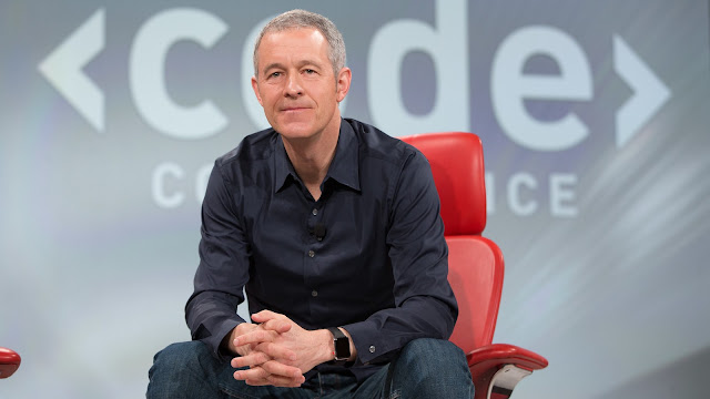 Apple names Jeff Williams as Chief Operating Officer|The Gud1