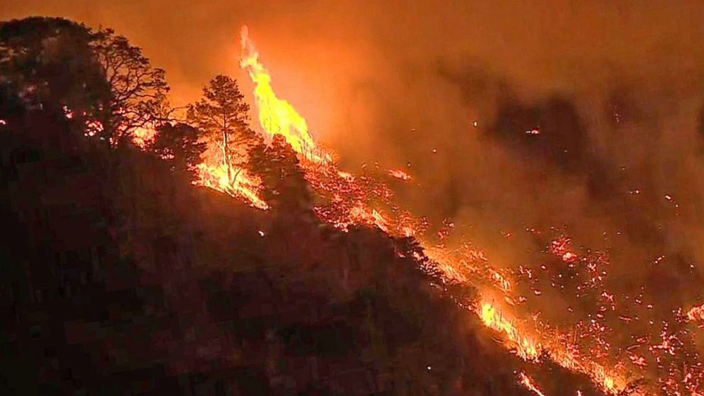 Video: Massive Wildfires Spread in Western States