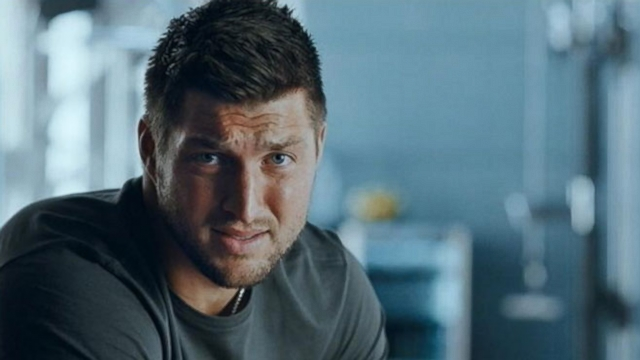 Video: T-Mobile's 'No Contract' Frees-Up Tim Tebow