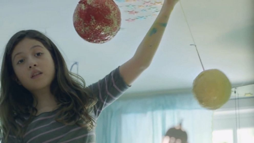 Video: Powerful Verizon Commercial Casts Spotlight on Gender Roles