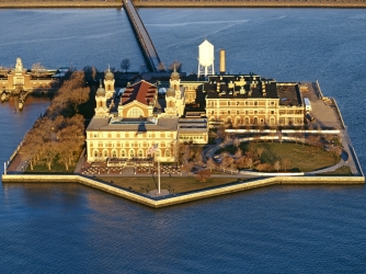 Ellis Island - Facts & Summary - HISTORY.com