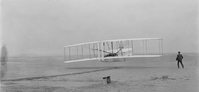 Wright Brothers' First Flight by ThingLink Front