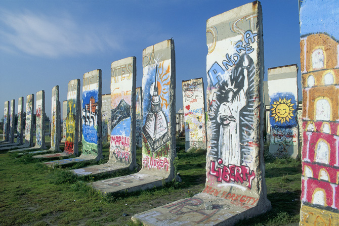 Pieces of the Berlin Wall that have graffiti. by Jamal Sayid