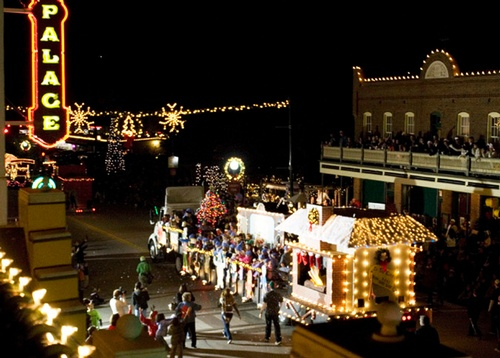 Grapevine Parade of Lights - Dec 3, 2015 - Grapevine Chamber of Commerce | Grapevine, Texas Events