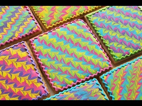 'How To Make A Marbled Royal Icing Design on a Cookie' on ViewPure