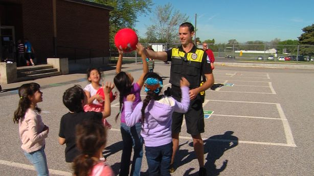 Ogden Police fulfill dire need for playground equipment to Bonneville Elementary Students | KSL.com