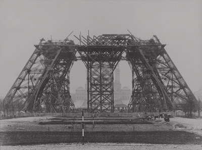 The construction of the Eiffel tower - Google Cultural Institute