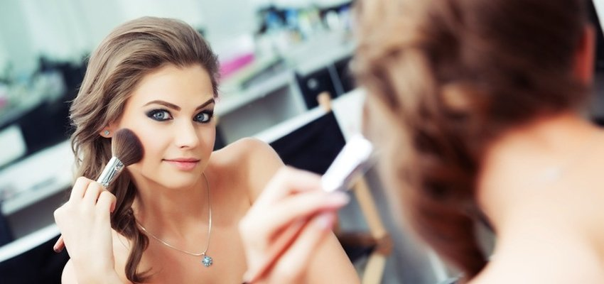 8 Deadly Chemicals In Your Beauty Products