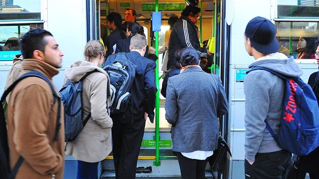 Melbourne commuters to see public transport fares slashed under Napthine plan