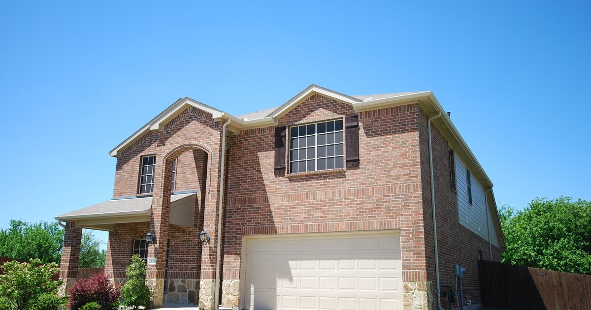 RES-Single Family, Traditional - McKinney, TX - 2905 Solitude Canyon Drive, Mckinney, TX 75071