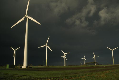 7 Pros and Cons of Wind Energy - Conserve Energy Future
