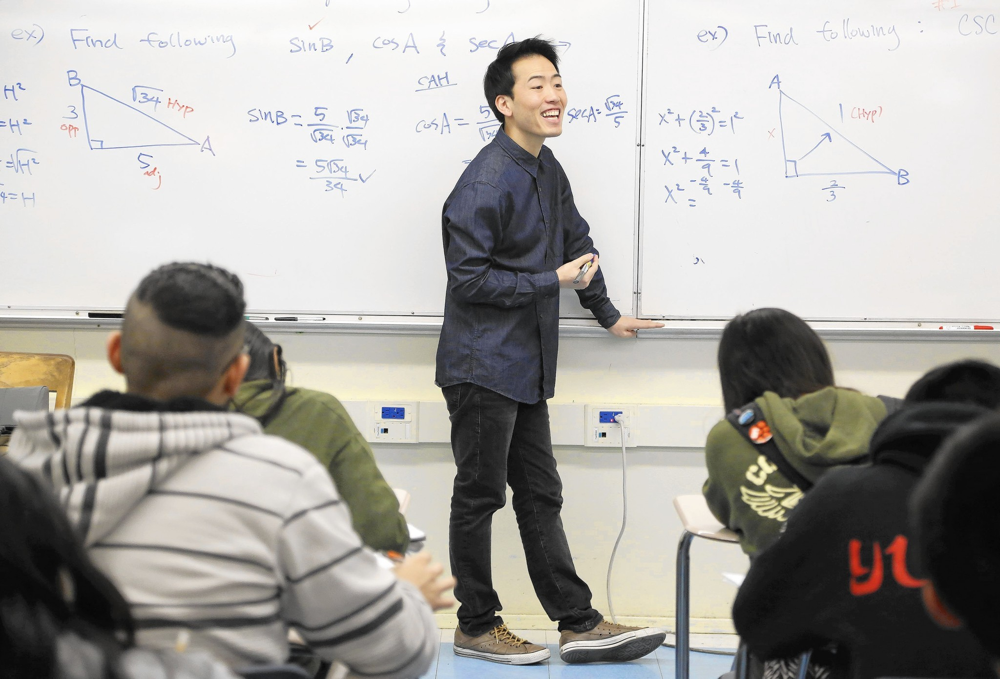 How a Lincoln High teacher gets all his students to pass the AP Calculus exam