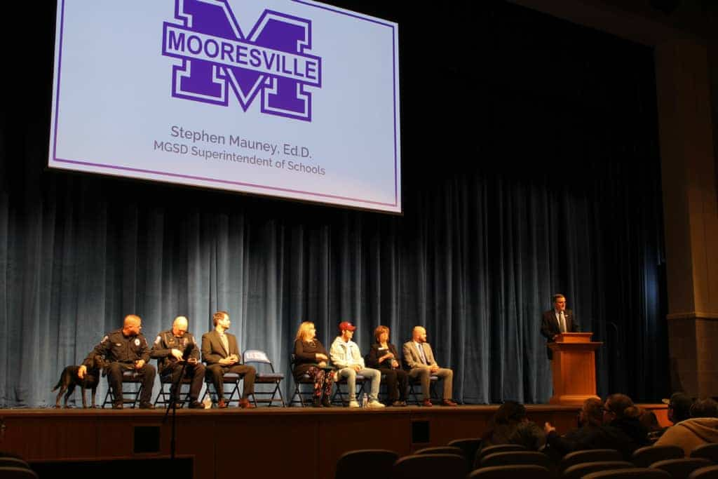 Mooresville High School holds information night on student vaping - EducationNC