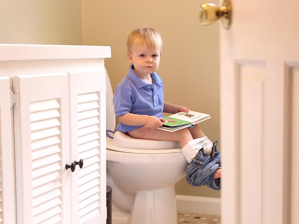 Potty training: Signs your child is ready | Video | BabyCenter