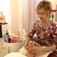 How to Select the Best Salon for Skin Care Treatments?