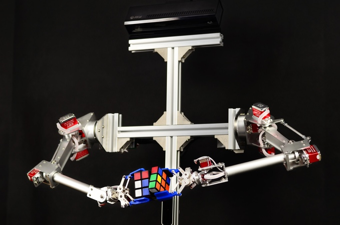 7Bot is a desktop robot arm that can see, think and learn