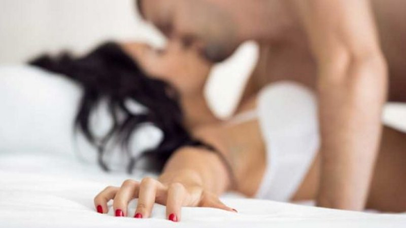 4 Quick Sex Tips Every Guy Must Try To Last for Long in Bed
