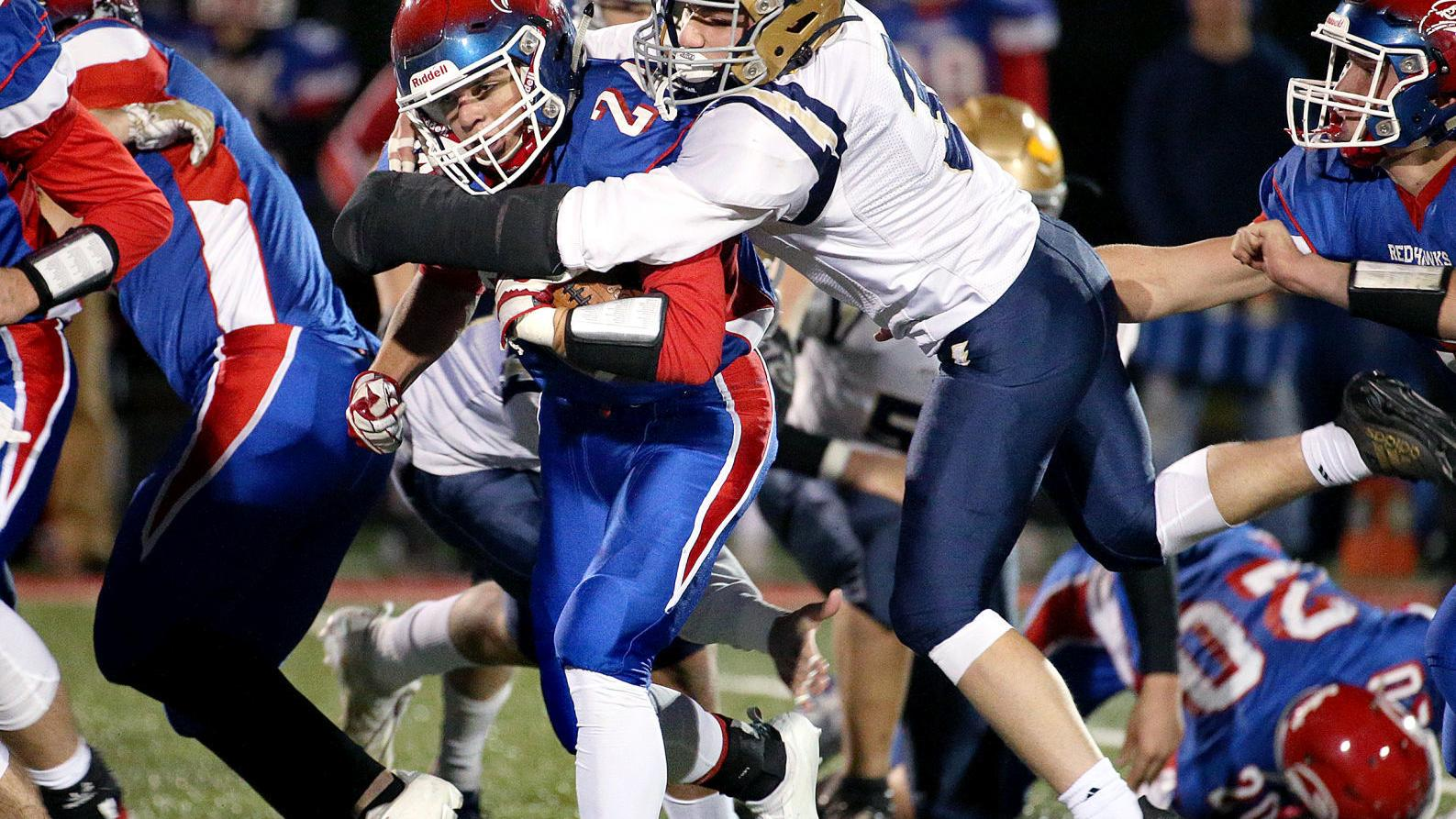 WIAA football playoffs: G-E-T shuts out Aquinas to earn quarterfinal game in Division 5