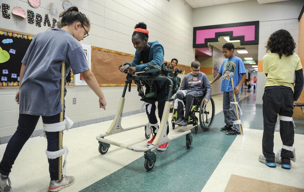 Chestnut Grove program teaching students tolerance for special needs population