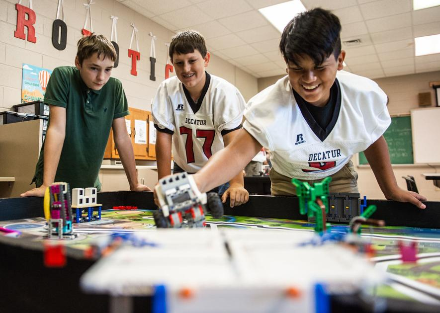 Students focus on improving Decatur for robotics competition