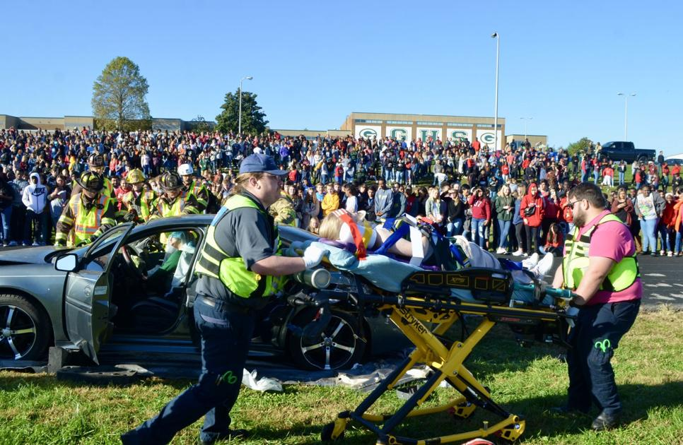 GHS students witness 'powerful' dangers of distracted driving