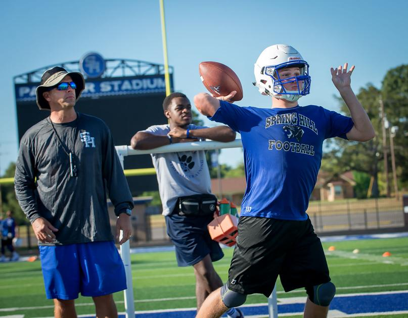 PHOTOS: Spring Hill hits the field for first football practice