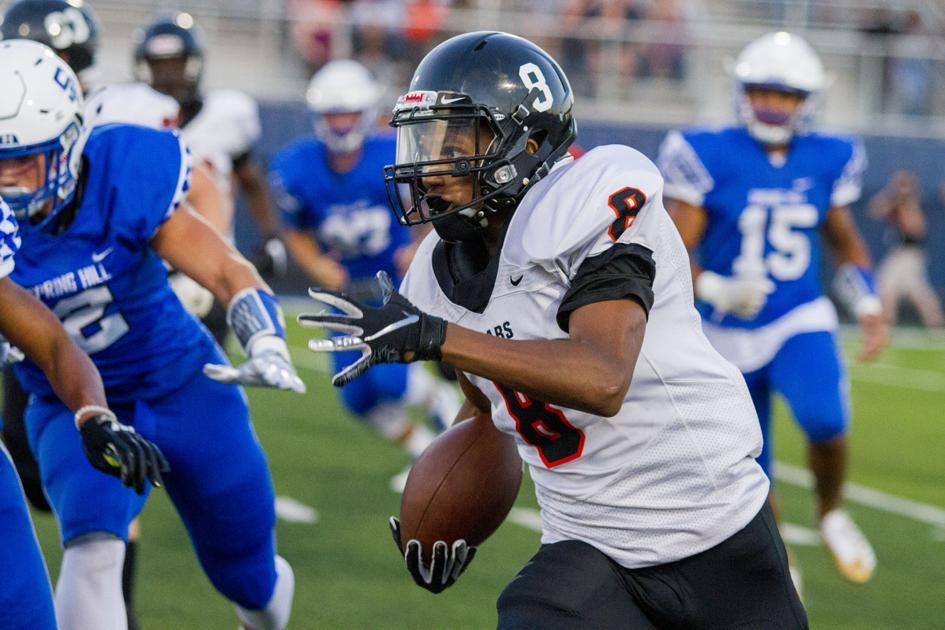 ET Football: Gladewater trounces Spring Hill, 61-30