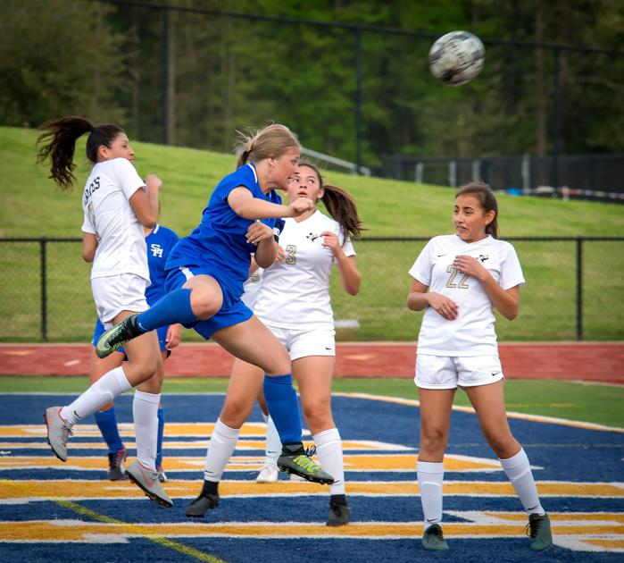 ET Soccer: Spring Hill girls roll; boys fall to Pittsburg
