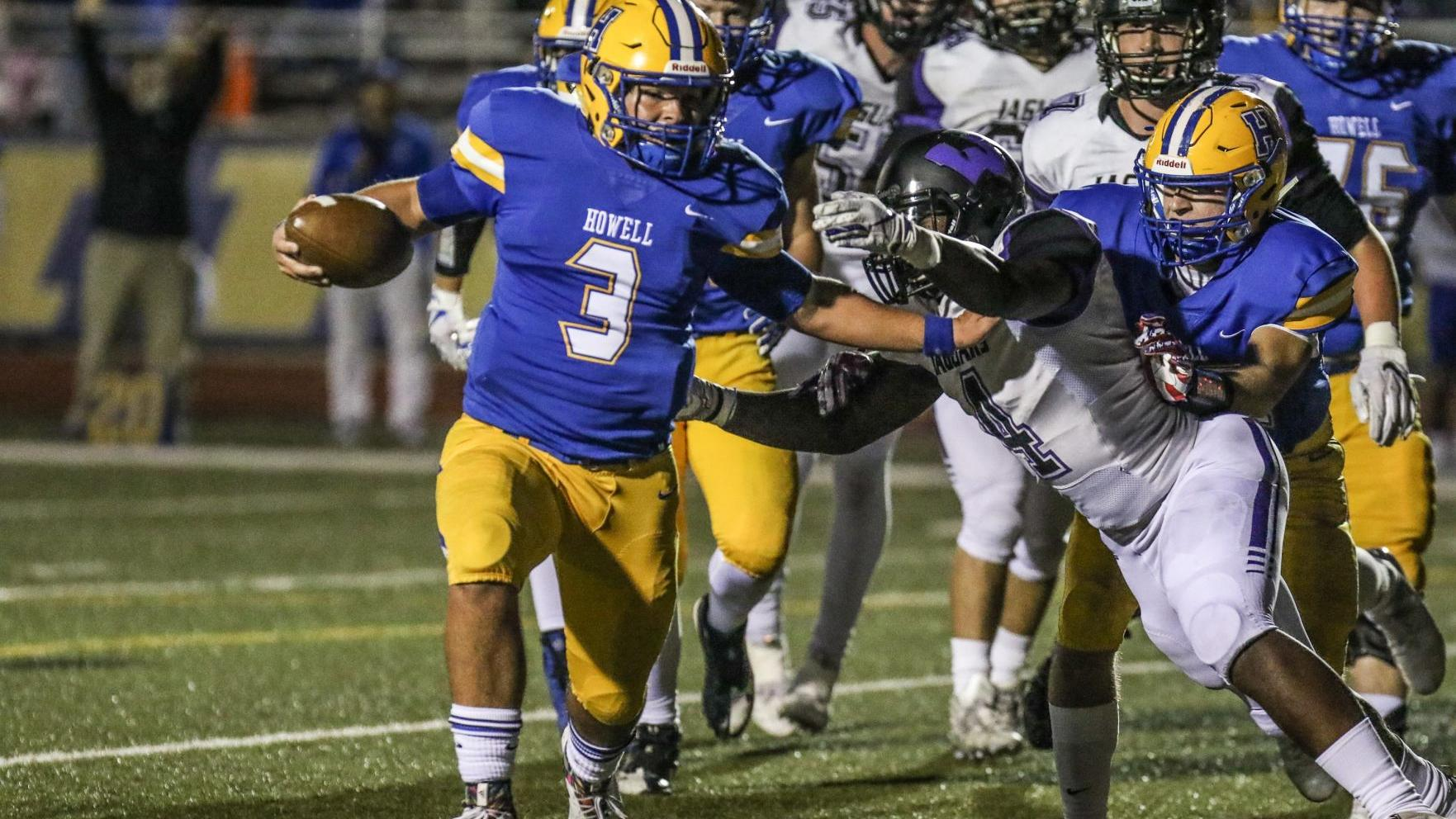 McDaniel accounts for four scores in Francis Howell's win over Fort Zumwalt West