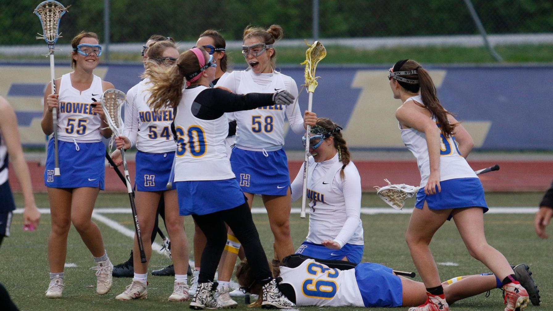 Eberwine's dramatic goal lifts Francis Howell to rivalry win against Howell Central