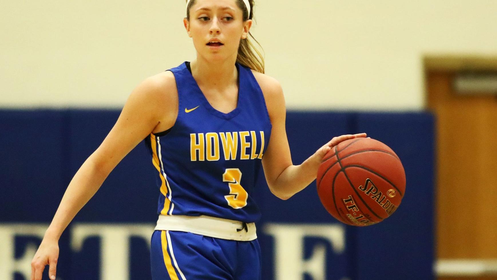 Francis Howell outlasts Fort Zumwalt West to claim another close win