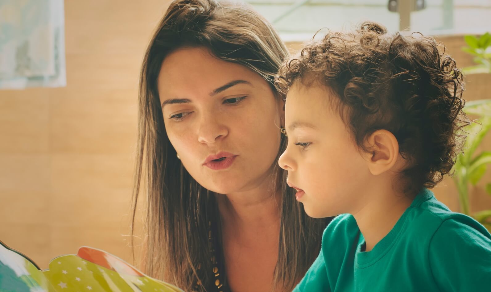 Why Reading Aloud to Kids Helps Them Thrive | Parenting Tips & Advice | PBS KIDS for Parents