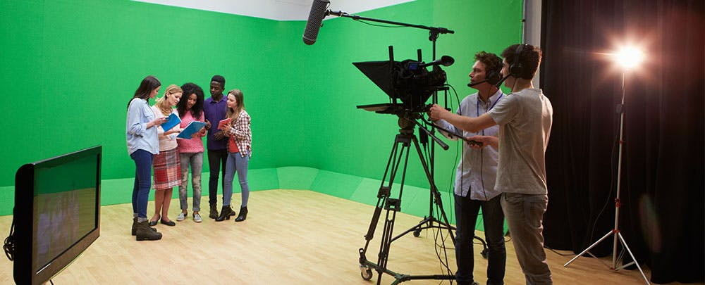 How to Integrate Green Screens Into Any Classroom - EdSurge News