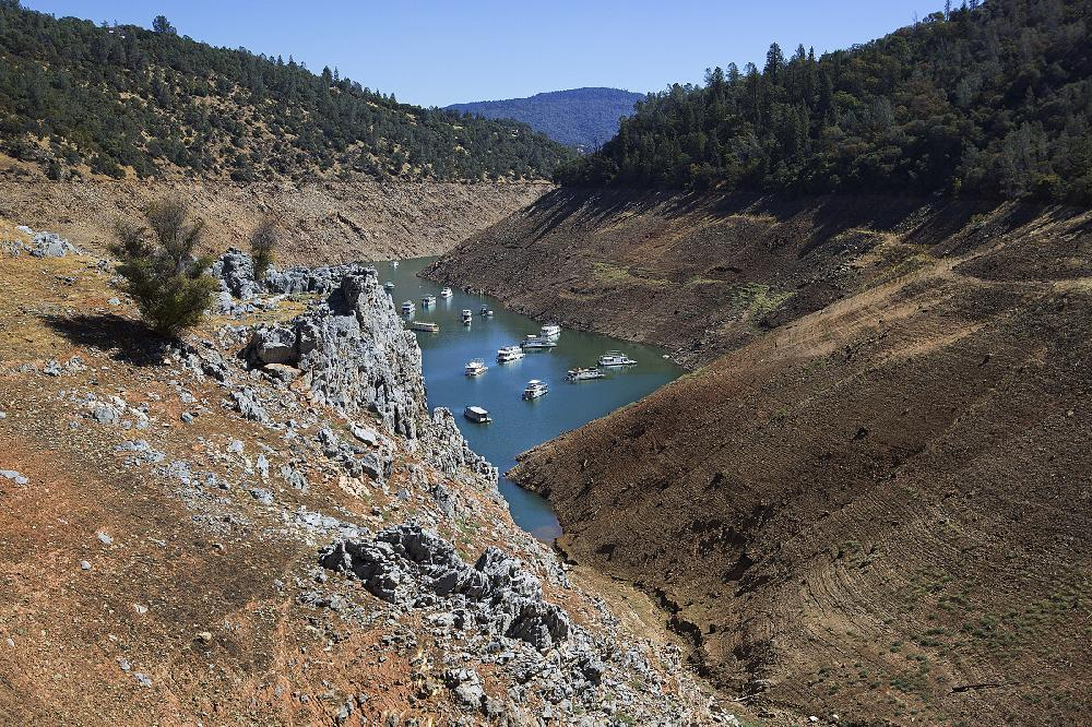 California drought exposes relics