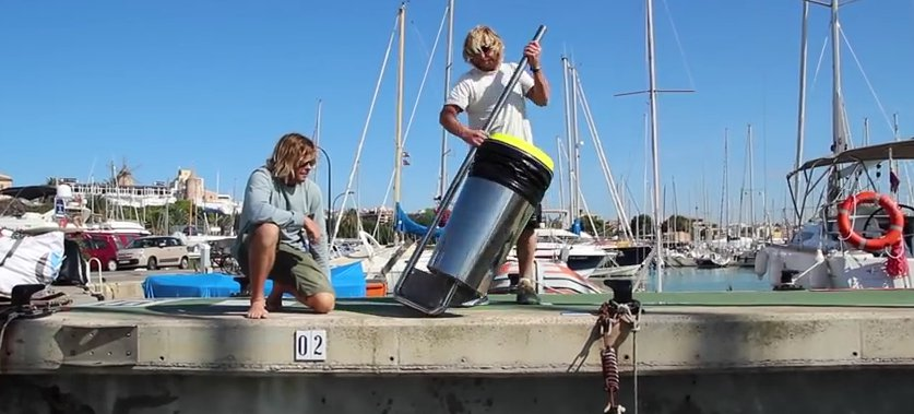 Two guys from Australia invented a trash bin for the ocean