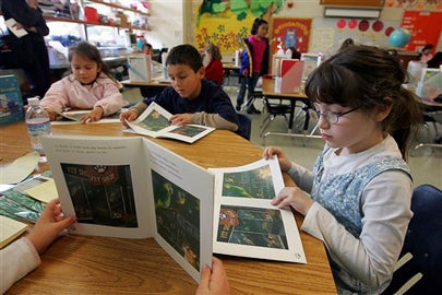Stanford professor points out potential flaw in reading lessons for Spanish-speaking students in U.S.