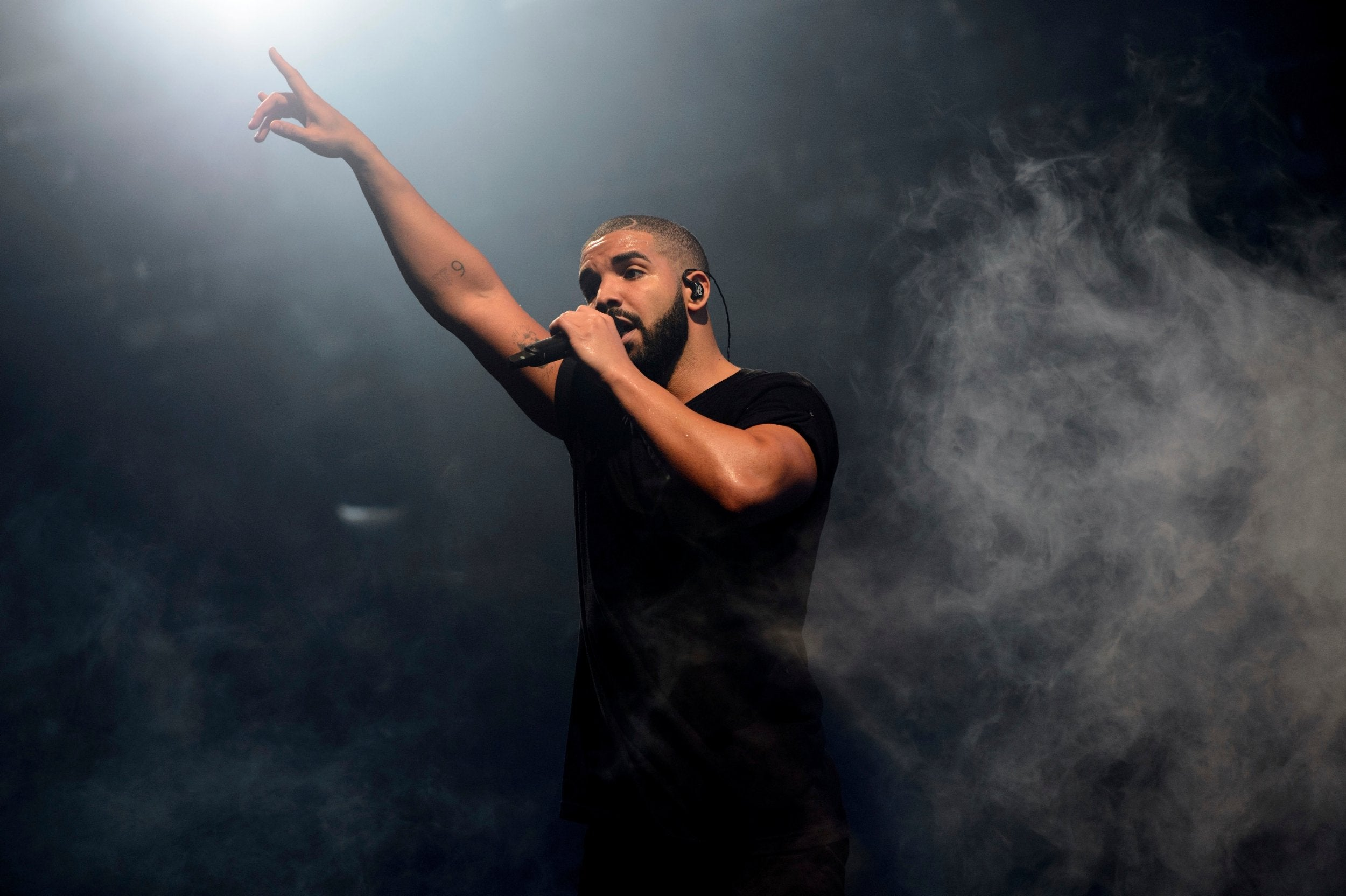 What is Drake's #KiKiChallenge and why do police say it's dangerous?