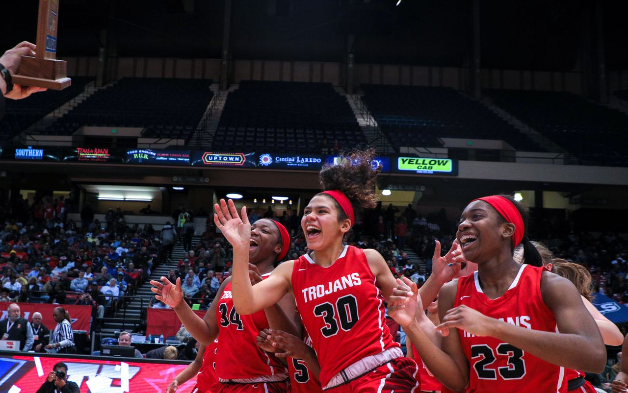 Defending class champions dominate 1st girls high school basketball rankings