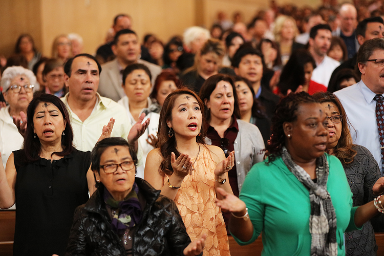 10 ways Hispanics are redefining American Catholicism in the 21st century