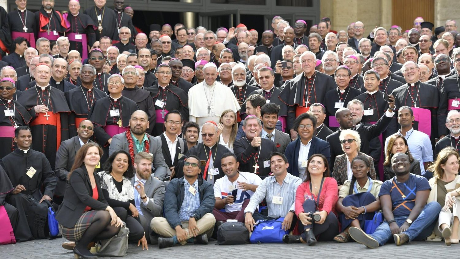 The Synod on Young People: What does the Final Document Say? - Vatican News