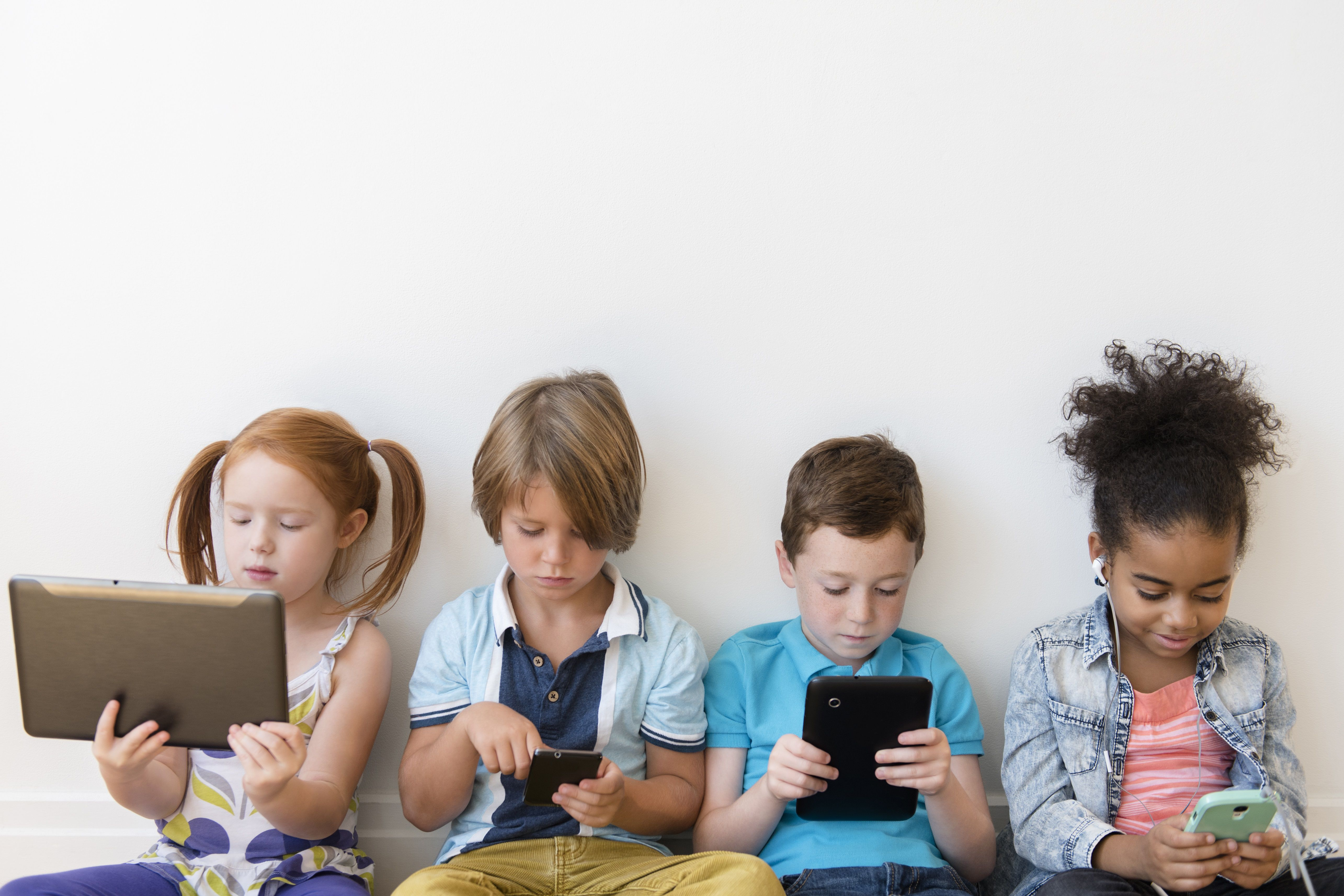 5 Things Your Kids Miss out on When Connected to a Screen